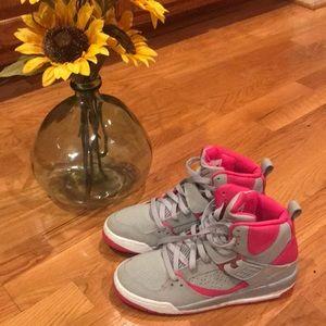 Air Jordan Tennis Shoes - Y 5.5